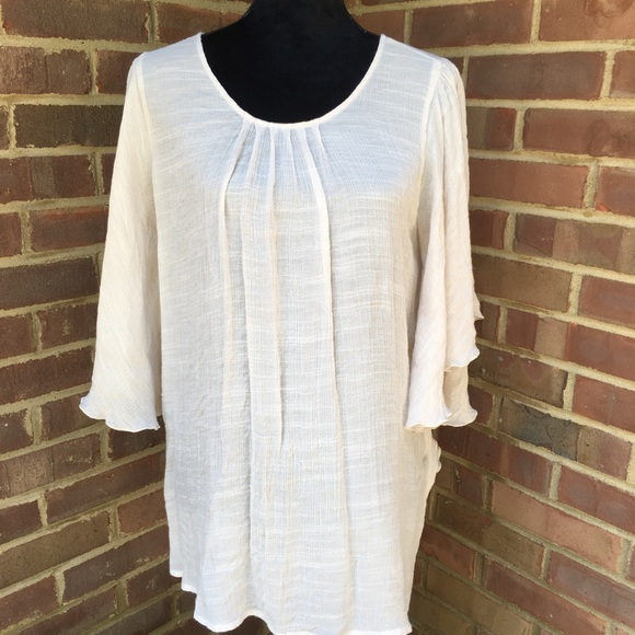 Dress Barn Tops - Dress barn rayon shirt with flowing arms. Size XL